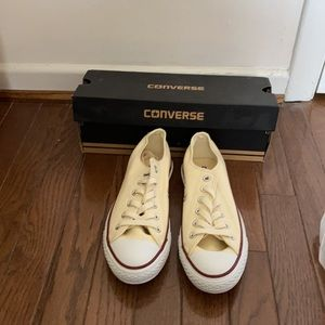 W-Converse Chuck Taylor All Star Low Top Sneakers